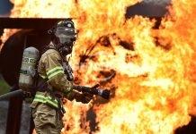 Жилищен блок горя в Бойчиновци