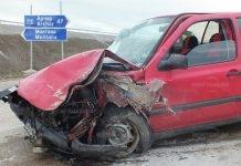 Извънредно!Кола се удари в цистерна на изхода на Монтана