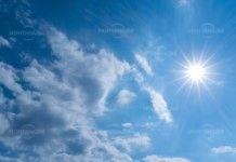 Слънчев и топъл понеделник
