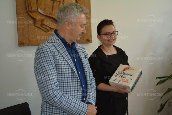 Библиотеката в Монтана получи книги на Радичков, дарение за 24 май