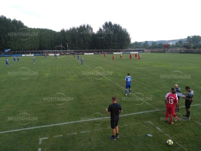 Вижте кой води при дебюта на ФК Кариана