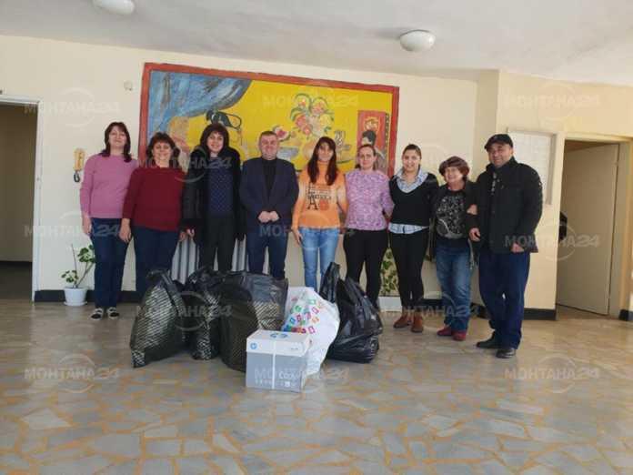 Депутат и Жени ГЕРБ - Монтана зарадваха деца с подаръци
