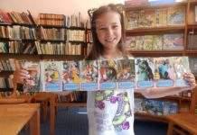 Малко момиченце дари книгите си на библиотеката в Монтана