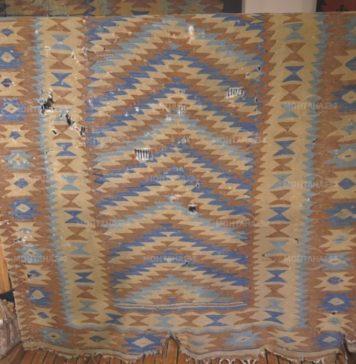 Чипровски килим на два века дариха на музея