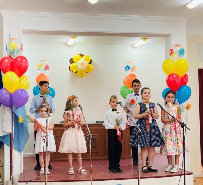 """Вокално студио """"Таралежите"""" към ОШИ с първи самостоятелен концерт"""