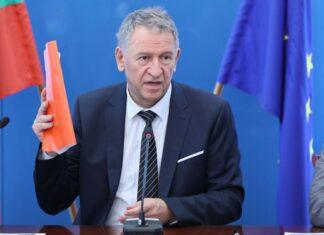 Кацаров: Нова заповед за мерките ще има до ден-два